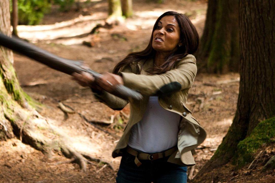 So leicht lässt sich Allison (Salli Richardson-Whitfield) nicht unterkriegen. Von einem Klon zehnmal nicht ...