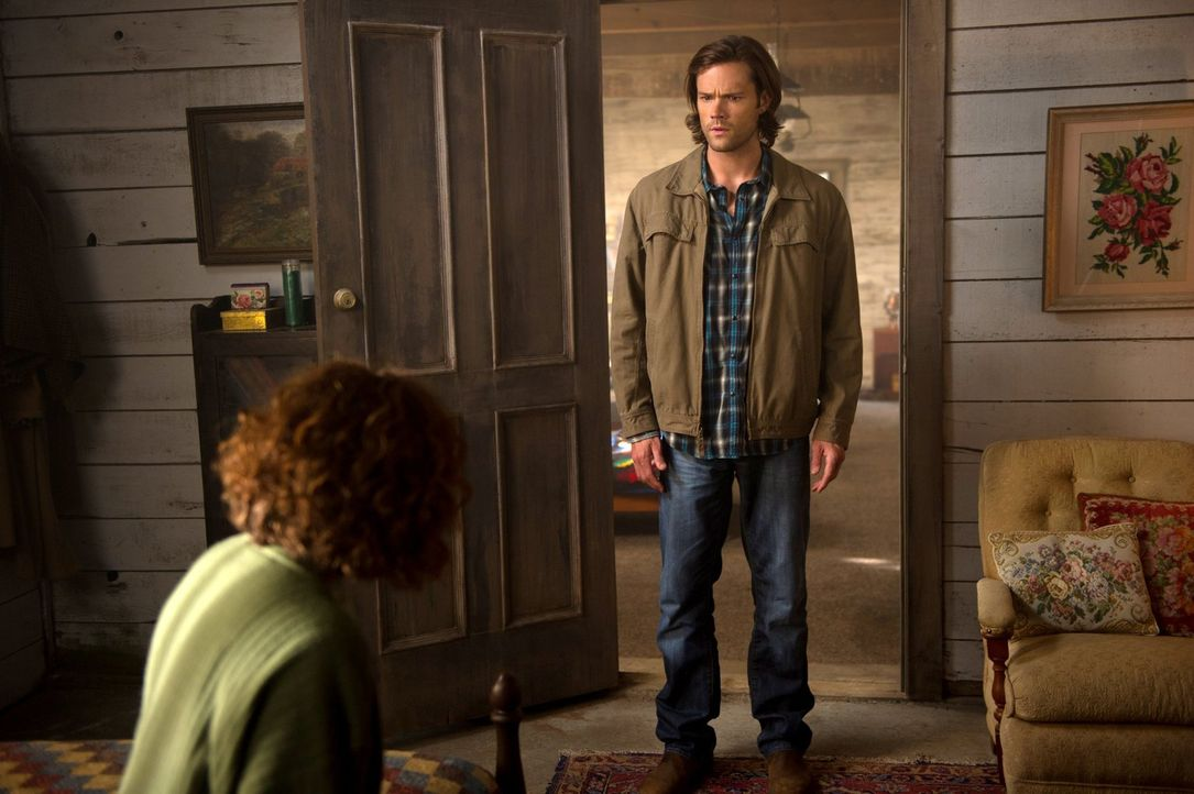 Bei einer Geisterjagd bekommt Sam (Jared Padalecki) einen Einblick in einen Lebensabschnitt seines Bruders, den er vorher überhaupt nicht kannte ... - Bildquelle: 2013 Warner Brothers