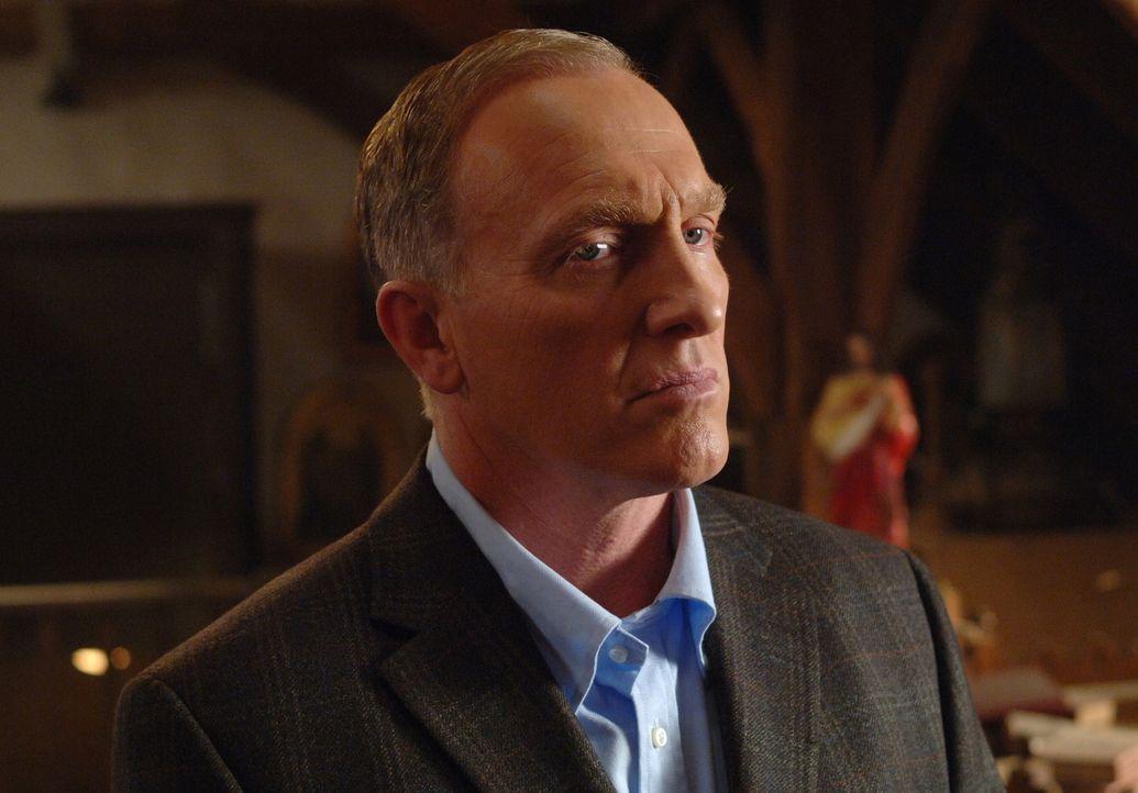 Auf der Such nach Anna: der sehr mächtige Dämon Alastair (Mark Rolston) ... - Bildquelle: Warner Brothers