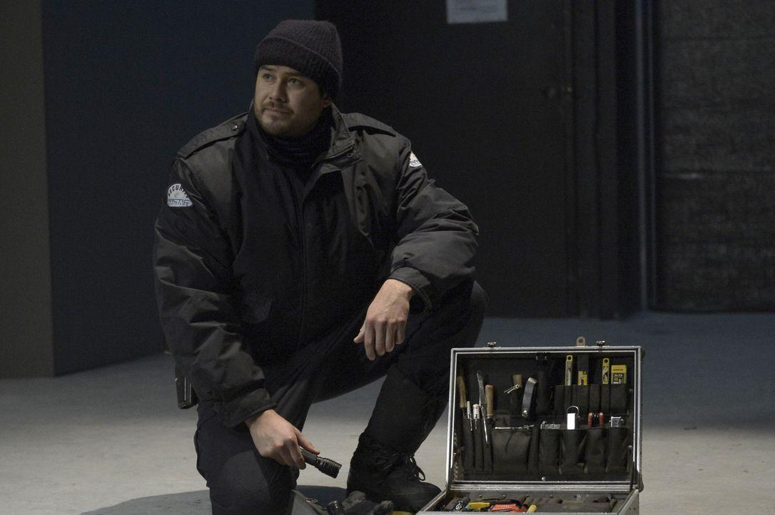 Daniel (Meegwun Fairbrother) trifft einen Entschluss, der Hatake vor eine unmögliche Entscheidung stellt ... - Bildquelle: 2014 Sony Pictures Television Inc. All Rights Reserved.