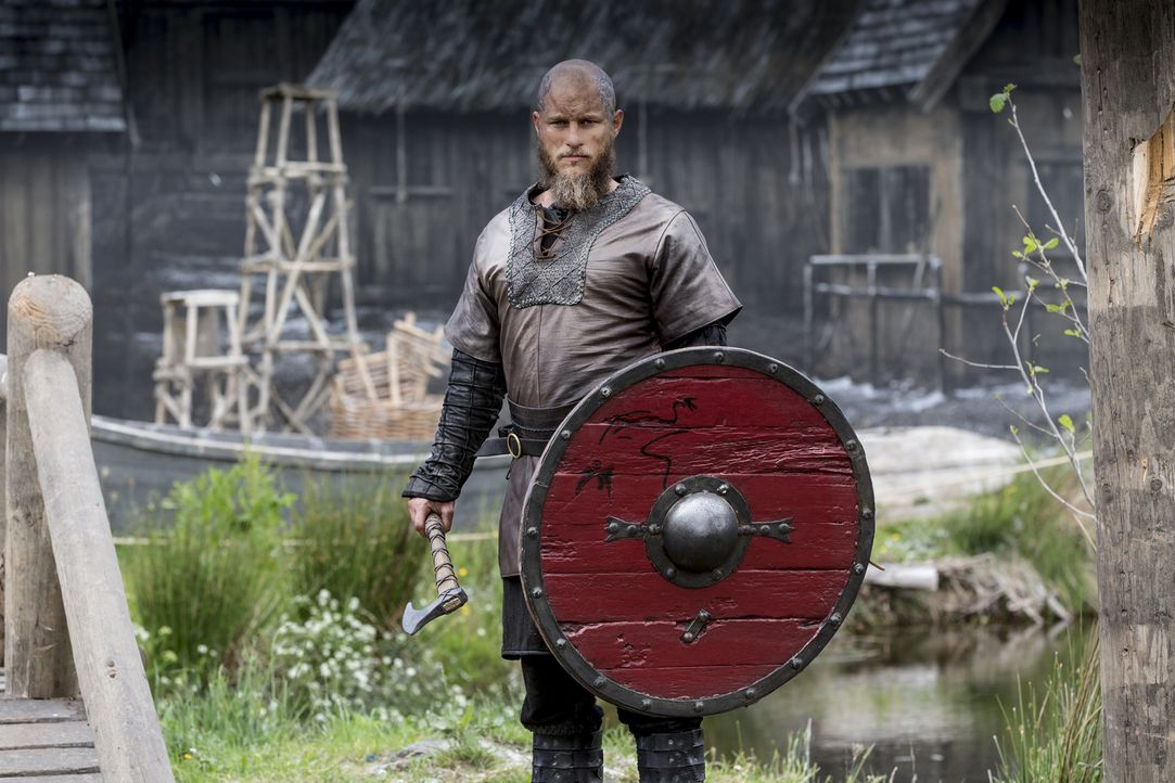 (4. Staffel) - Vikings - der Kampf um Ruhm und Macht geht weiter: Ragnar (Travis Fimmel) ... - Bildquelle: 2016 TM PRODUCTIONS LIMITED / T5 VIKINGS III PRODUCTIONS INC. ALL RIGHTS RESERVED.
