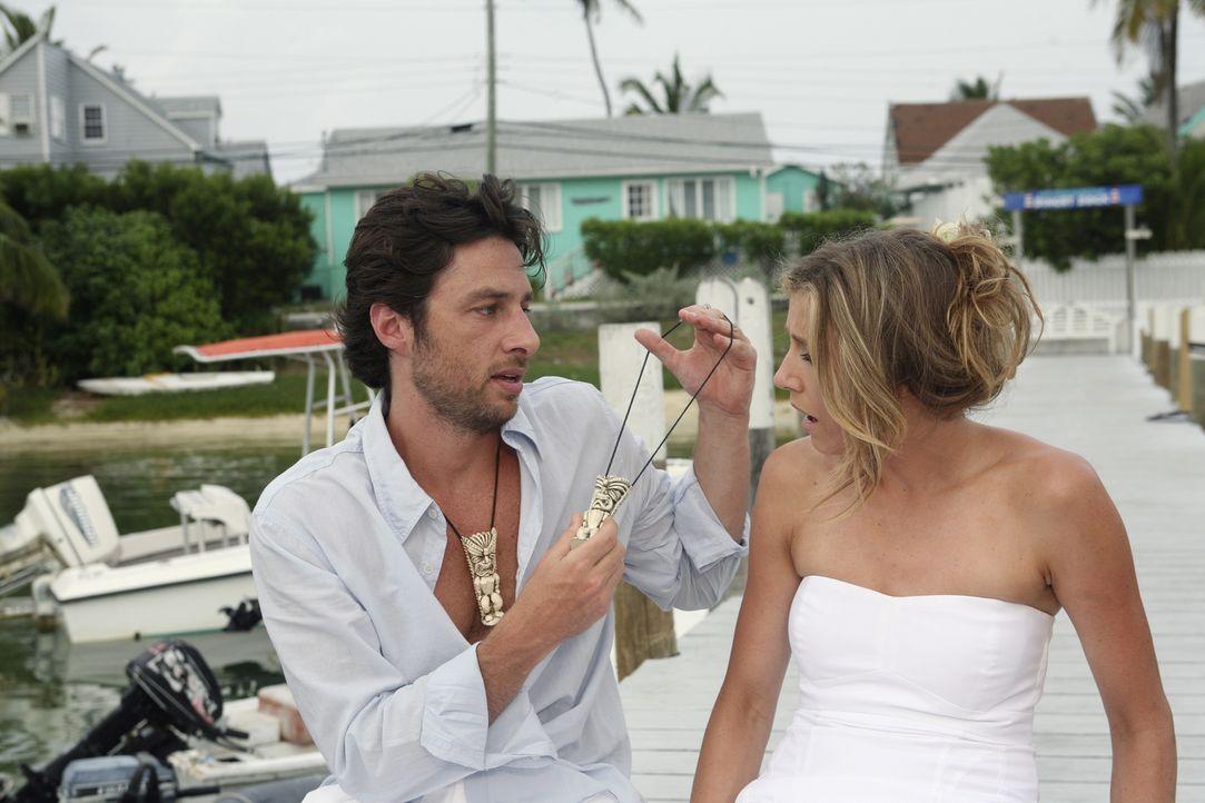 Der Urlaub auf den Bahamas verläuft nicht ganz nach Plan: Elliot (Sarah Chalke, r.) und J.D. (Zach Braff, l.) ... - Bildquelle: Touchstone Television
