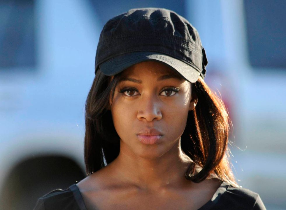 Macht sich Sorgen um Ichabod: Abbie (Nicole Beharie) ... - Bildquelle: 2013 Twentieth Century Fox Film Corporation. All rights reserved.