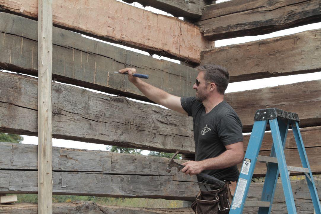 Mark Bowe (Bild) liebt die Herausforderung und schreckt auch nicht vor komplizierten Projekten zurück ... - Bildquelle: 2015, DIY Network/Scripps Networks, LLC. All Rights Reserved.