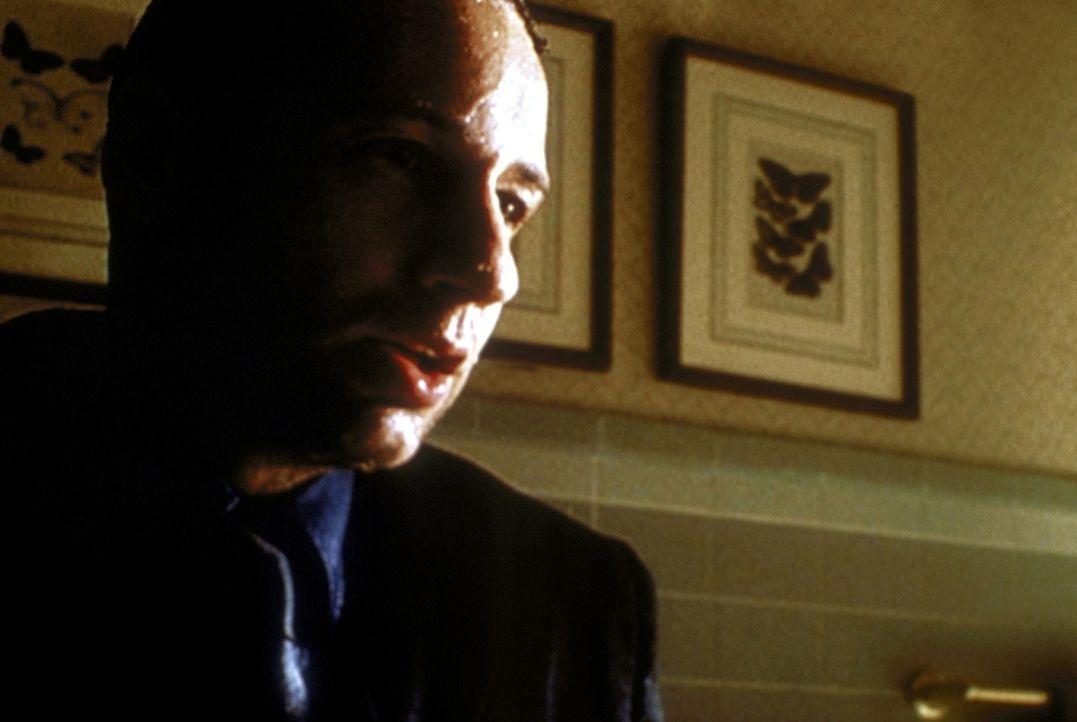 Fast wäre Mulder (David Duchovny) von einem Monster ertränkt worden, das von einer eifersüchtigen Frau heraufbeschworen wurde. - Bildquelle: TM +   2000 Twentieth Century Fox Film Corporation. All Rights Reserved.