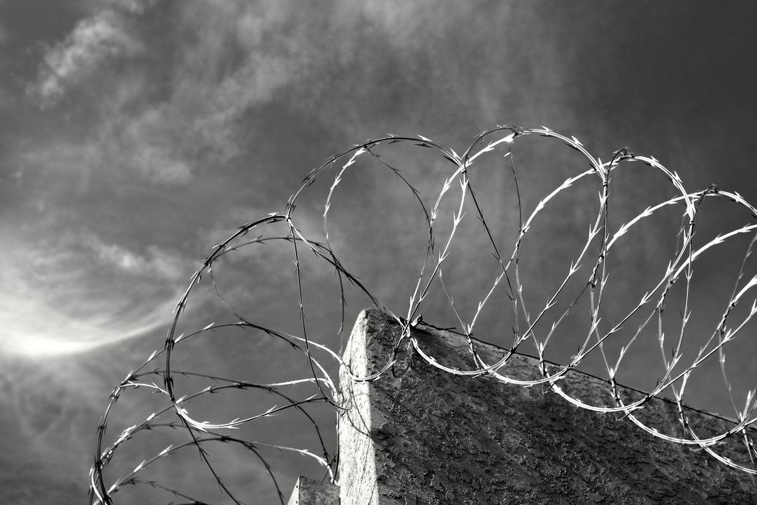 Justizvollzugsbeamter zu sein, ist ein Job wie kein anderer. Vor allem die jungen Gefängniswärter haben es am Anfang nicht leicht und müssen sich da... - Bildquelle: 2015 A&E Television Networks, LLC. All Rights Reserved.