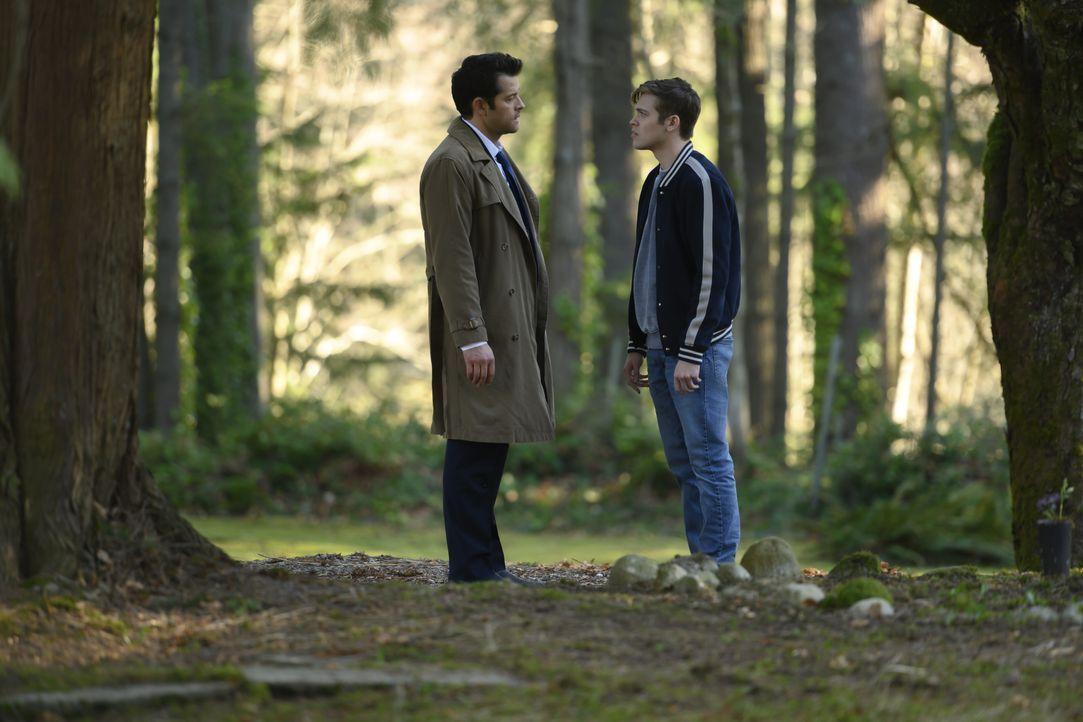 Castiel (Misha Collins, l.); Jack (Alexander Calvert, r.) - Bildquelle: LEONINE Studios