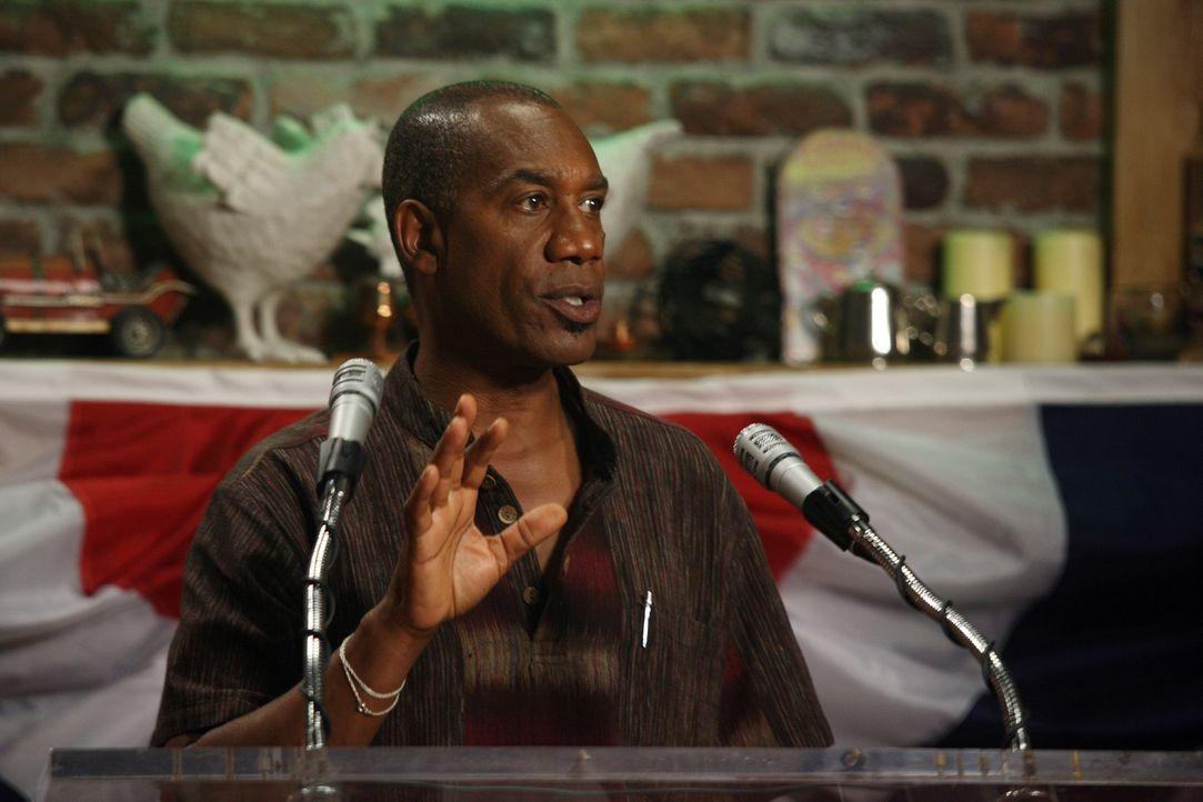 Der neue Bürgermeister von Eureka: Henry (Joe Morton) ... - Bildquelle: Universal Television