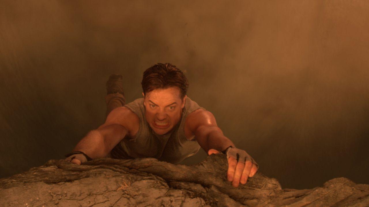 Während einer wissenschaftlichen Expedition auf Island gerät Professor Trevor Anderson (Brendan Fraser) versehentlich in eine Höhle, aus der es nur... - Bildquelle: Warner Bros.
