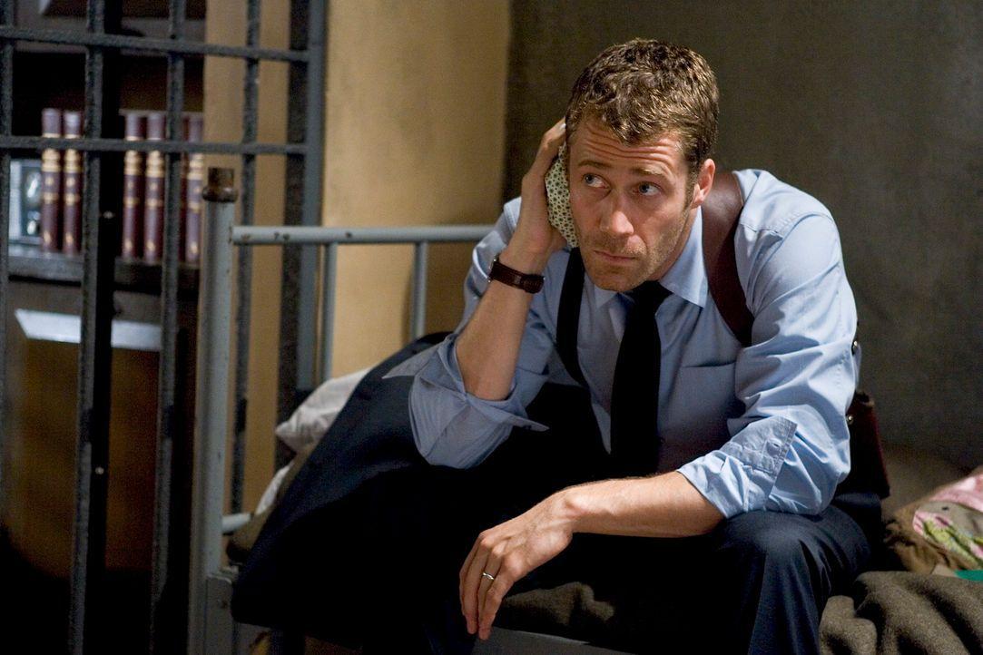 Eines Tages landet Jack Carter (Colin Ferguson) in Eureka, einem kleinen Städtchen, dass ganz anders ist als alle anderen ... - Bildquelle: Universal Television