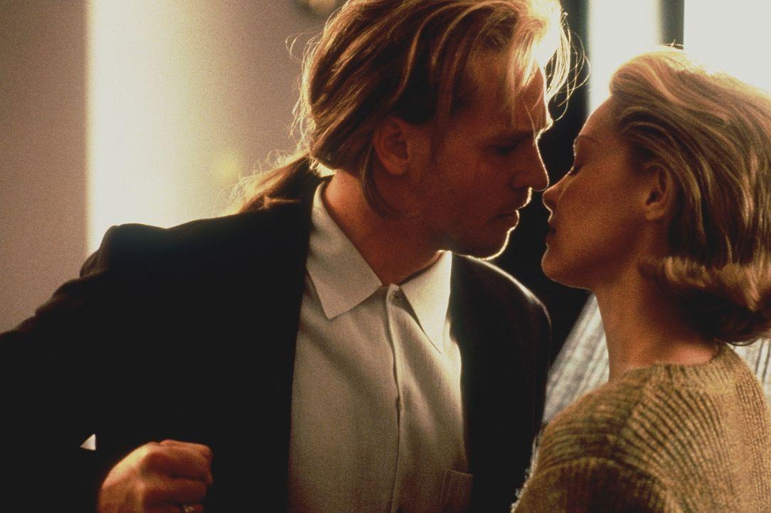 Kommen sich immer näher: Charlene (Ashley Judd, r.) und Chris (Val Kilmer, l.) ... - Bildquelle: Warner Bros.