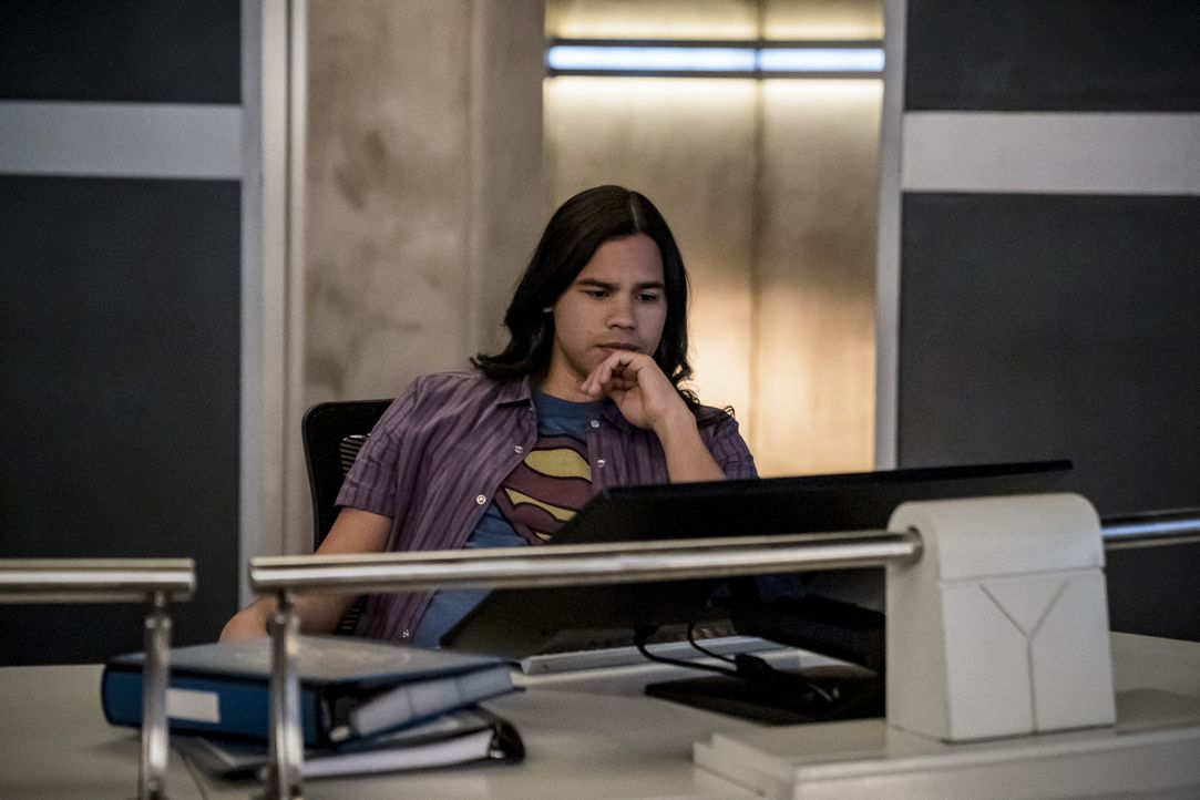 Cisco Ramon (Carlos Valdes) - Bildquelle: 2019 The CW Network, LLC. All rights reserved.