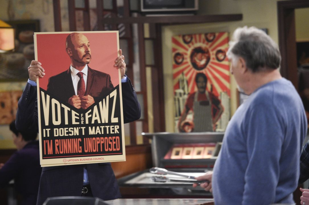 Fawz (Maz Jobrani, l.); Arthur (Judd Hirsch, r.) - Bildquelle: Ron Jaffe 2017 CBS Broadcasting, Inc. All Rights Reserved. / Ron Jaffe
