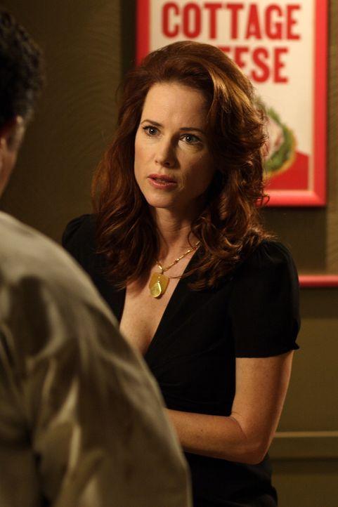 Hat Beverly Barlowe (Debrah Farentino) etwas zu verbergen? - Bildquelle: Universal Television