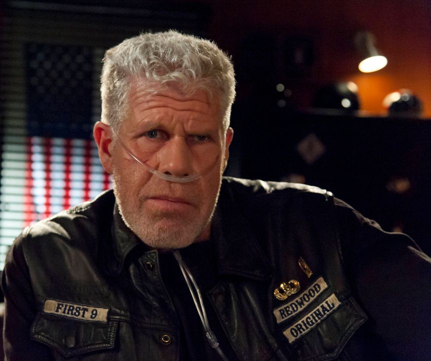 Nie würde Clay (Ron Perlman) die ganze Wahrheit über den Mord an John Teller preisgeben ... - Bildquelle: 2012 Twentieth Century Fox Film Corporation and Bluebush Productions, LLC. All rights reserved.