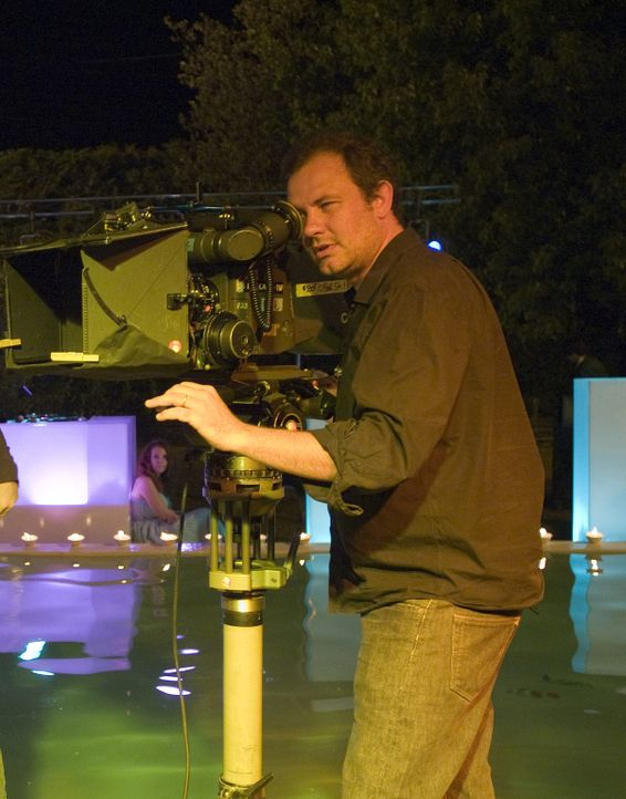 Regisseur Frédéric Berthe beim Dreh ...