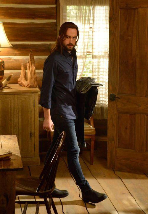 Als ein Dämon in Sleepy Hollow sein Unwesen treibt, muss Ichabod (Tom Mison) eingreifen ... - Bildquelle: 2014 Twentieth Century Fox Film Corporation. All rights reserved.