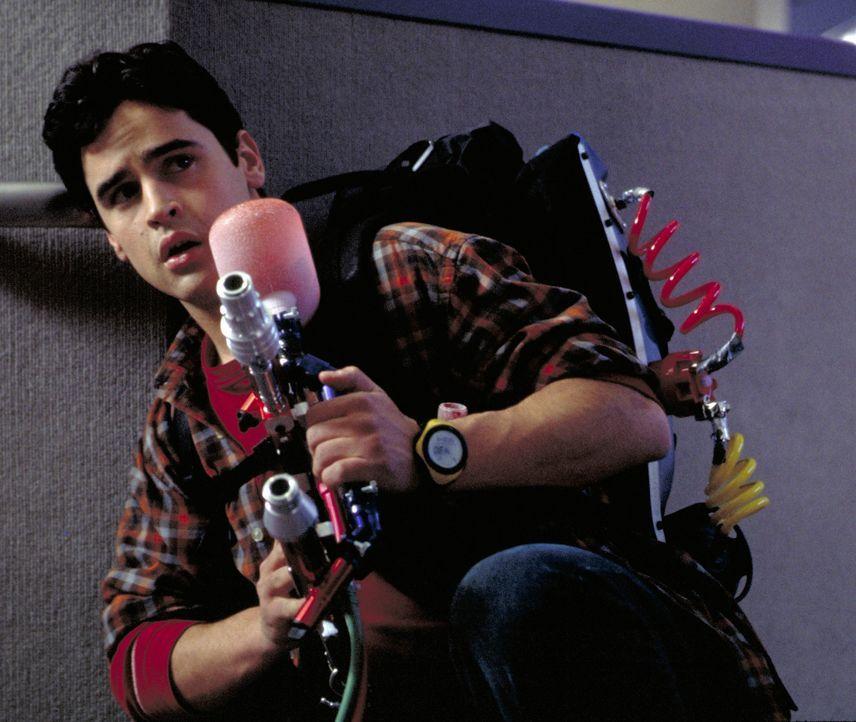 Der Teenager Zak (Jesse Bradford) aktiviert versehentlich eine Maschine, die die Zeit stehen bleiben lässt, und handelt sich damit neben ziemlich vi... - Bildquelle: TM &   2001-2006 BY PARAMOUNT. ALL RIGHTS RESERVED