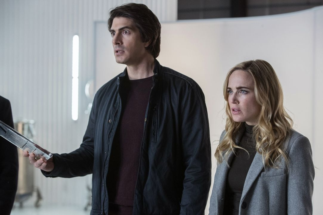 Ray (Brandon Routh, l.); Sara (Caity Lotz, r.) - Bildquelle: 2017 Warner Bros.