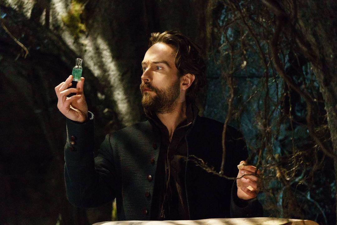 Crane (Tom Mison) sucht verzweifelt nach einem Weg, Abbie zurückzuholen und Pandora zu besiegen. Doch wird es ihm gelingen? - Bildquelle: 2015-2016 Fox and its related entities.  All rights reserved.