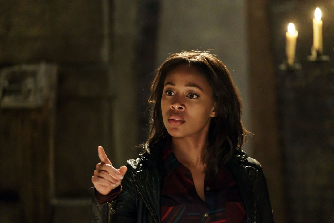 Abbie (Nicole Beharie) wird vor eine schwierige Entscheidung gestellt, bei der sie sich für ihren Job oder ihre Familie entscheiden muss ... - Bildquelle: 2015-2016 Fox and its related entities.  All rights reserved.