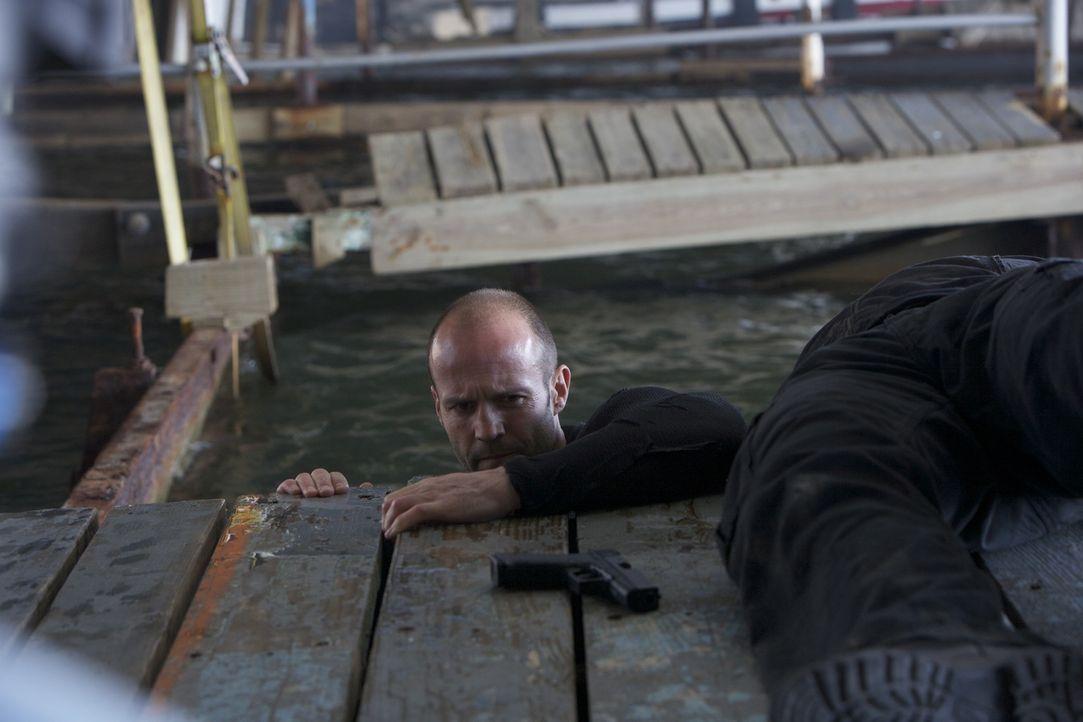 Im Auftrag einer mächtigen Geheimorganisation betätigt sich Arthur Bishop (Jason Statham) als Killer. Meist versucht er die Morde als Unfälle ausseh... - Bildquelle: 2010 SCARED PRODUCTIONS, INC.