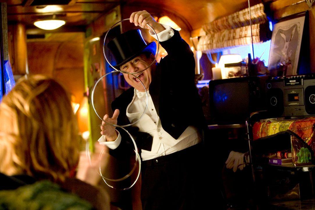 """""""Hokus Pokus!"""": Walter (Danny DeVito) setzt alles daran, ein berühmter Magier zu werden. Doch seine begrenzten Zauberkünste stoßen auf wenig Begeist..."""