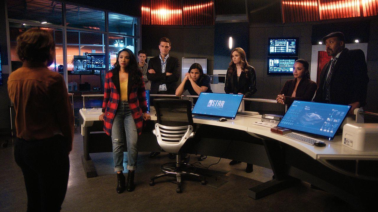 (v.l.n.r.) Nora (Jessica Parker Kennedy); Iris (Candice Patton); Barry (Grant Gustin); Ralph (Hartley Sawyer); Cisco (Carlos Valdes); Caitlin (Danie... - Bildquelle: 2018 The CW Network, LLC. All rights reserved.