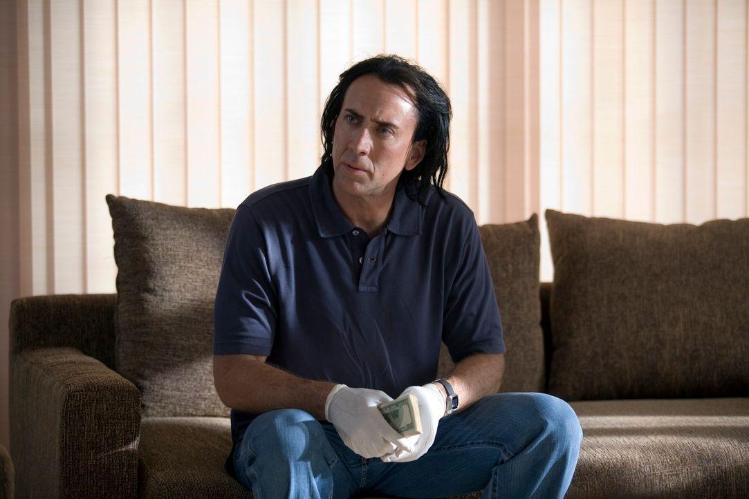 Der abgebrühte Profikiller Joe (Nicolas Cage) will in Bangkok gleich vier Aufträge für den lokalen Bandenchef Surat erledigen. Danach will er aus de... - Bildquelle: Constantin Film
