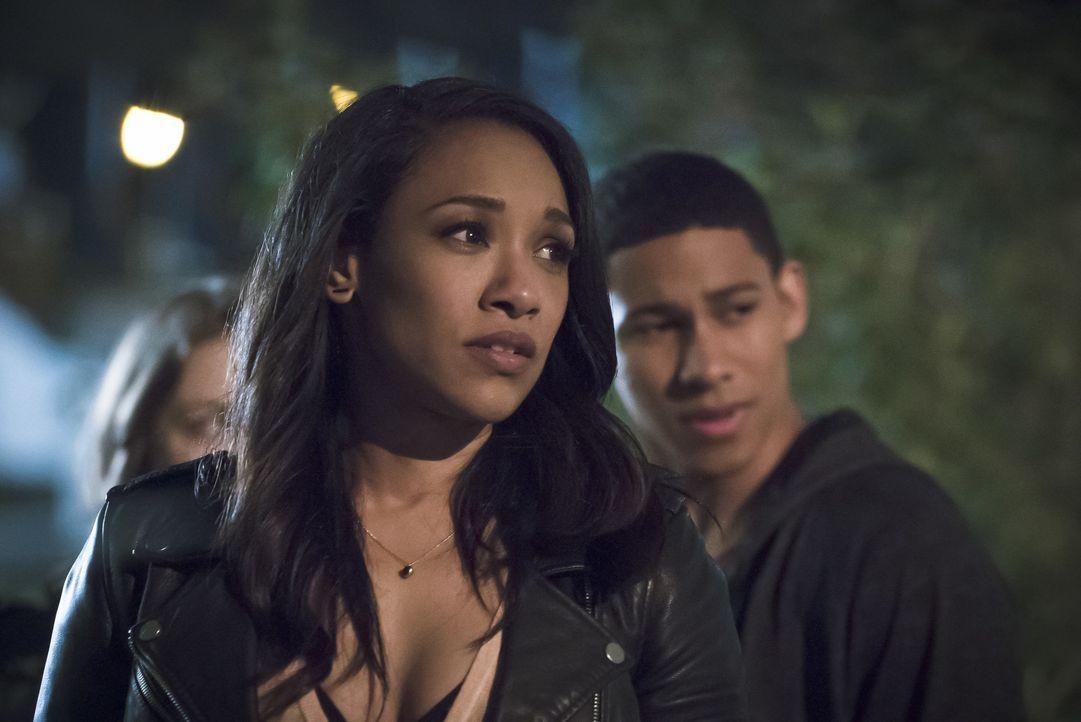 Iris (Candice Patton) hofft darauf, endlich mit Barry zusammensein zu können, doch dann trifft dieser eine Entscheidung, die ihrer aller Leben für i... - Bildquelle: Warner Bros. Entertainment, Inc.