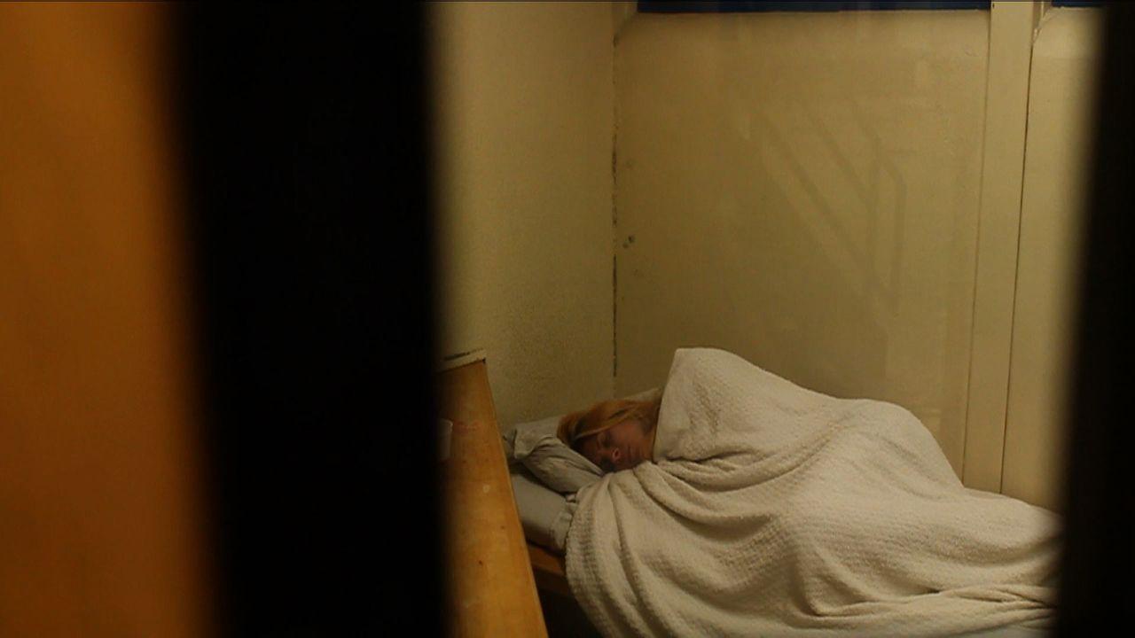 Aufgrund ihrer Gender-Identität und ihrem Beruf, wird Krystina im Knast von den anderen Häftlingen bedrängt und bedroht ? - Bildquelle: James Peterson National Geographic Channels/ Part2 Pictures
