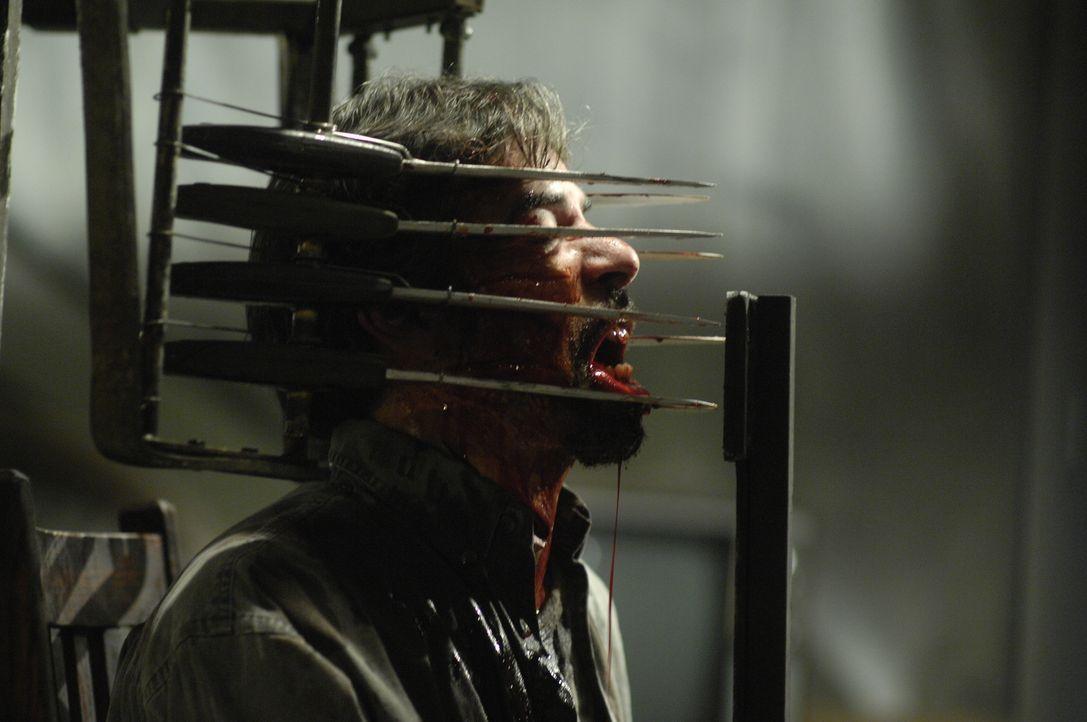 Muss bitterlich für einen brutalen Überfall büßen: Jigsaws erstes Opfer, der drogensüchtige Dieb Cecill (Billy Otis) ... - Bildquelle: 2007 Lionsgate, Twisted Pictures