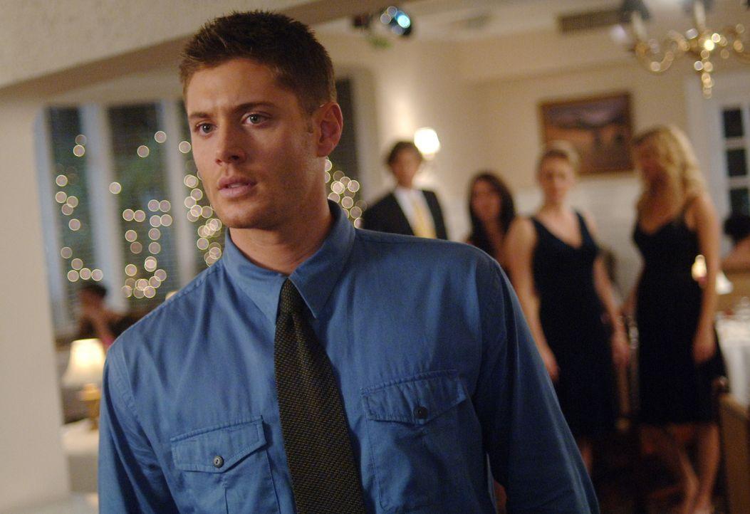 Mysteriös: Dean (Jensen Ackles) wird von einem Dschinn attackiert und in eine Welt befördert, in der seine Mutter lebt ... - Bildquelle: Warner Bros. Television