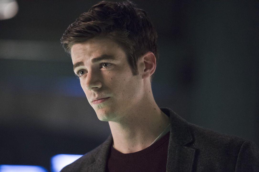 Während Barry (Grant Gustin) versucht, die junge Kendra zu retten, geht es für Caitlin, Joe, Jay und Dr. Wells plötzlich um Leben und Tod ... - Bildquelle: 2015 Warner Brothers.