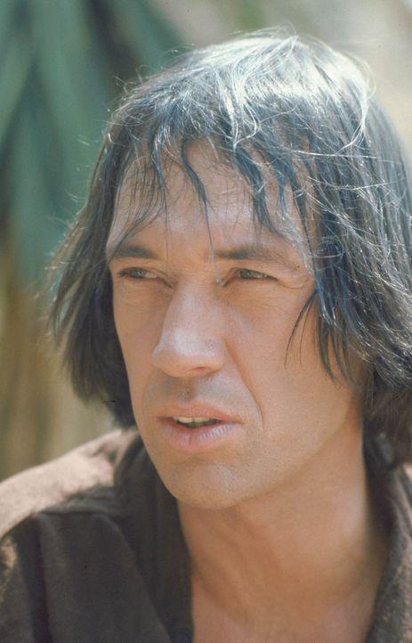 Durchstreift allein den Wilden Westen, um seinen Bruder zu finden: Caine (David Carradine) ... - Bildquelle: Warner Bros.