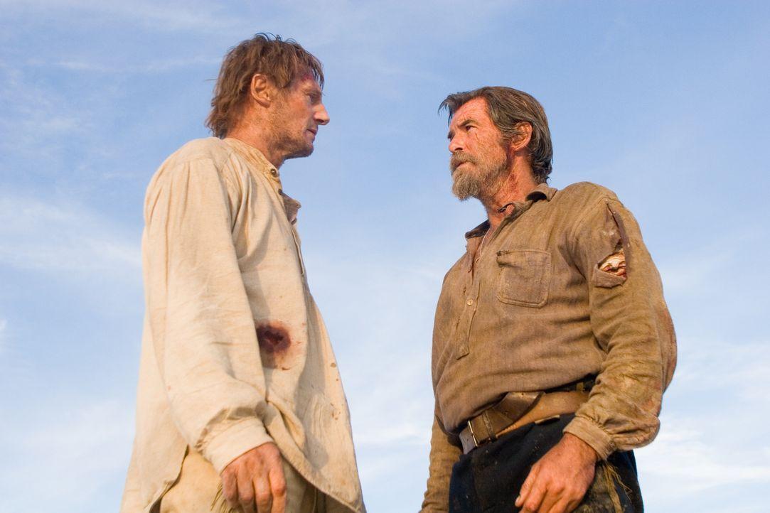 Carver (Liam Neeson, l.), einst Colonel in der Armee der Südstaaten, lebt nur noch für die Rache am Nordstaatler Gideon (Pierce Brosnan, r.), den er... - Bildquelle: Lorey Sebastian 2006 Icon Distribution, Inc.  All Rights Reserved.