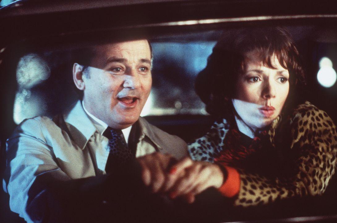 Es bleibt ihnen nur wenig Zeit, den Putsch zu verhindern: Wally (Bill Murray, l.) und Lori (Joanne Whalley-Kilmer, r.) ... - Bildquelle: Warner Bros.
