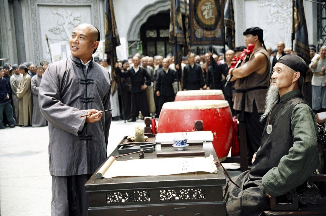 Zu Beginn des 20. Jahrhunderts ist der ehrgeizige Huo Yuanjia (Jet Li, l.) besessen von dem Gedanken, der beste Kämpfer in Tianjin zu werden. Mit gr... - Bildquelle: Constantin Film Verleih GmbH