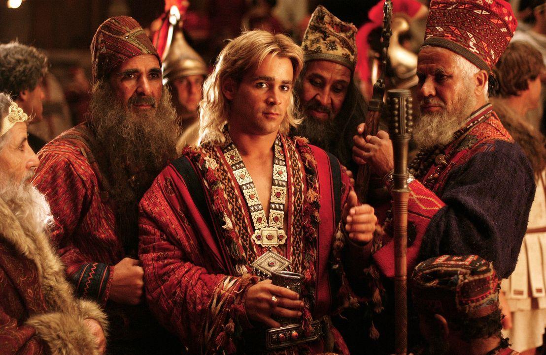 Alexanders (Colin Farrell, 2.v.r.) Erfolge werden mit einem großen Fest gefeiert .... - Bildquelle: Constantin Film