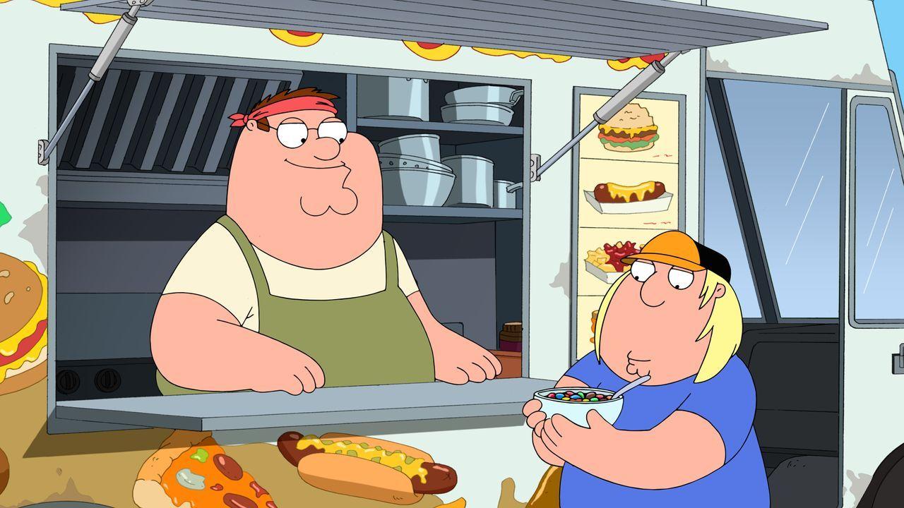 Mit seinem eigenen Foodtruck geht für Peter (r.) ein Traum in Erfüllung: Umgeben von Junkfood und damit auch noch Geld verdienen - davon profitiert... - Bildquelle: 2016-2017 Fox and its related entities. All rights reserved.
