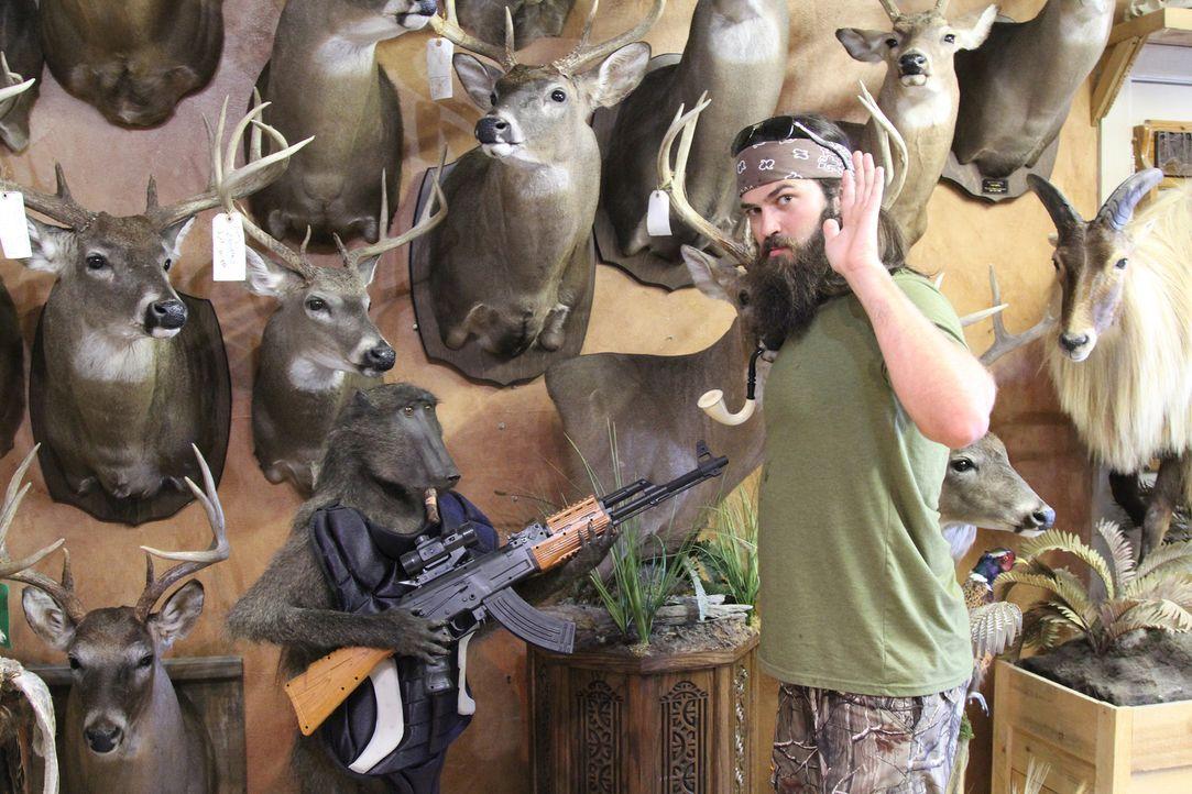 Nachdem Godwin von seinem Großonkel einen Jackalope geerbt hat, machen sich er, Jep (Foto) und der Rest der Robertson-Truppe auf zu einem Tierpräpar... - Bildquelle: 2013 A+E Networks