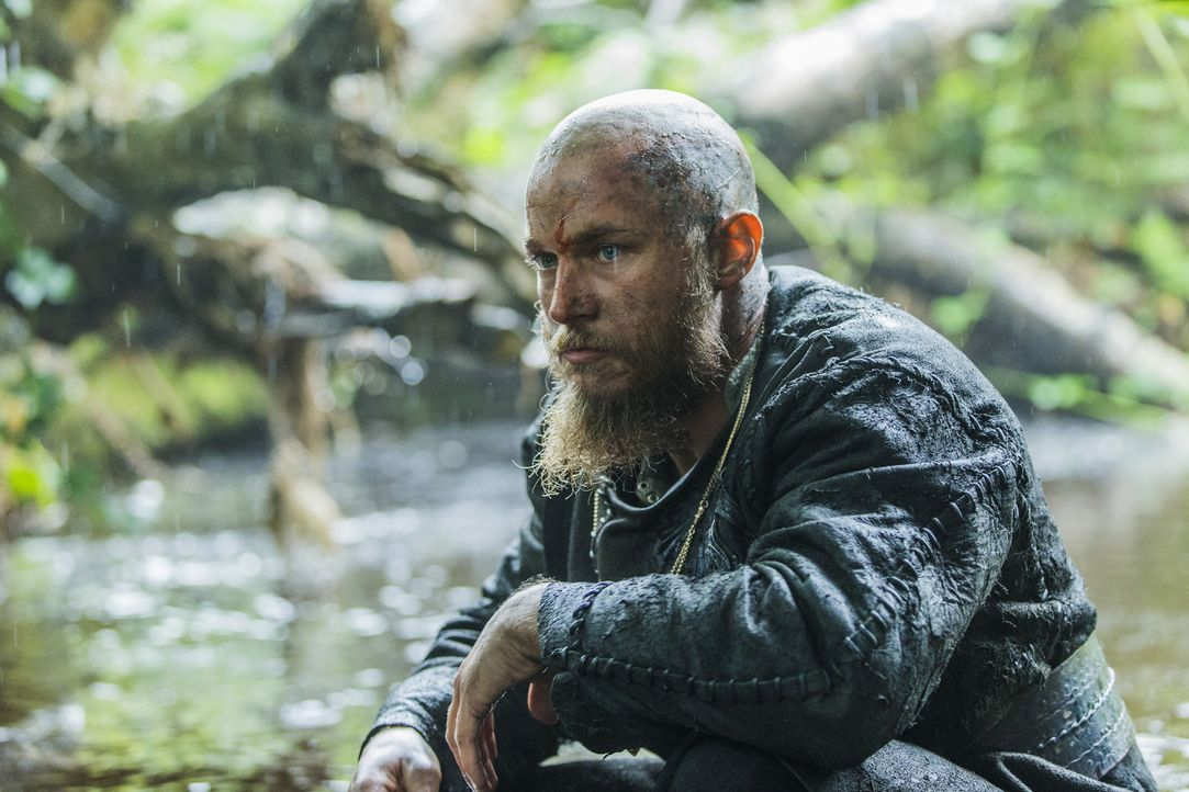 Plant seinen Angriff auf Paris: Ragnar (Travis Fimmel) ... - Bildquelle: 2015 TM PRODUCTIONS LIMITED / T5 VIKINGS III PRODUCTIONS INC. ALL RIGHTS RESERVED.
