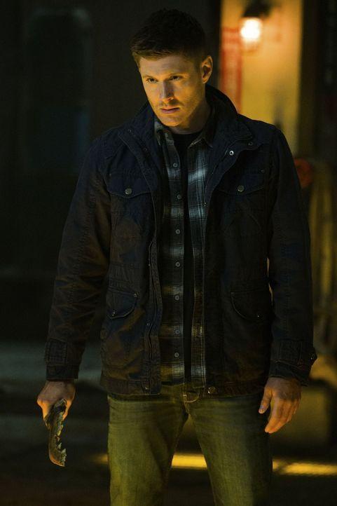 Das Kainsmal und die Klinge machen Dean (Jensen Ackles) zu einem Einzelkämpfer. Kann das gutgehen? - Bildquelle: 2013 Warner Brothers