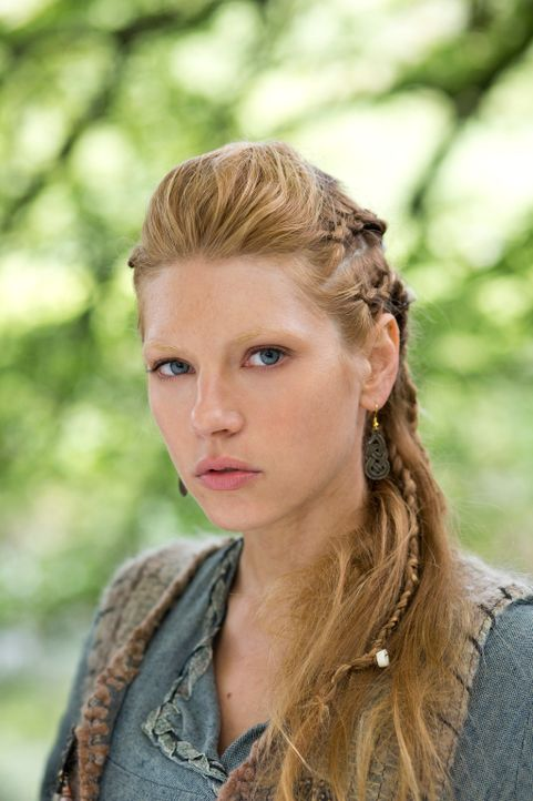 Lagertha (Katheryn Winnick) ist eine Kämpferin, die nicht nur von einem Mann geliebt wird ... - Bildquelle: 2013 TM TELEVISION PRODUCTIONS LIMITED/T5 VIKINGS PRODUCTIONS INC. ALL RIGHTS RESERVED.