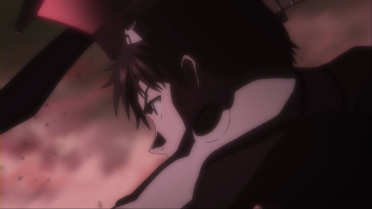 Auf die Bitte seines geheimnisvollen Vaters hin trifft der 14-jährige Shinji Ikari in der Festungsstadt TOKYO-3 ein, wo er Zeuge des Angriffs eines... - Bildquelle: khara, GAINAX. All rights reserved