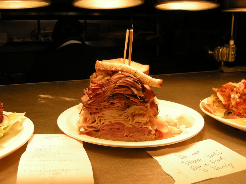 Jumbo Fisch Burger - Bildquelle: 2009, The Travel Channel, L.L.C.