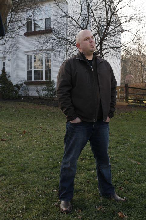 Für Rob Thomas wird es endlich Zeit, dass er seinen eigenen Platz für echte Kerle kriegt ... - Bildquelle: 2012, DIY Network/Scripps Networks, LLC.  All Rights Reserved.