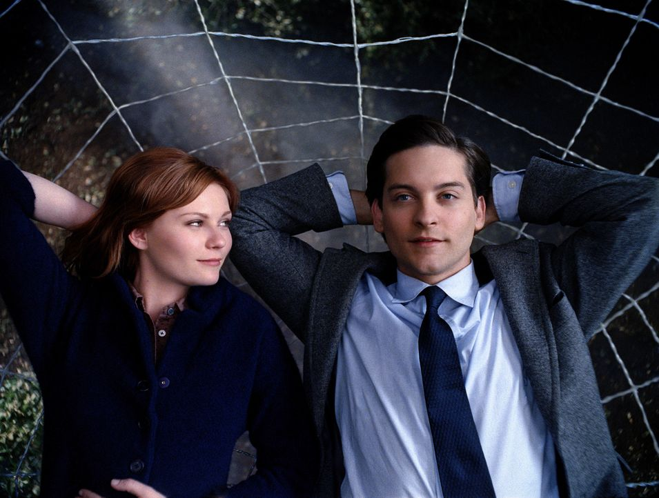 Ahnen noch nicht, dass harte Zeiten anbrechen: Mary Jane (Kirsten Dunst, l.) und Peter (Tobey Maguire, r.) ... - Bildquelle: 2007 Marvel Characters, Inc.  2007 CPII. All Rights Reserved.