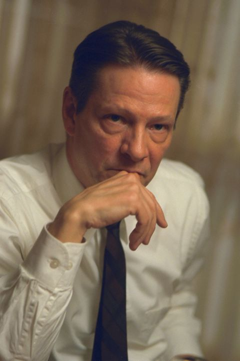 Der Detektiv Alvin Dewey (Chris Cooper) sucht nach den brutalen Morden im ganzen Land nach den Tätern ... - Bildquelle: 2005 United Artists Films Inc. and Columbia Pictures Industries, Inc. All Rights Reserved.