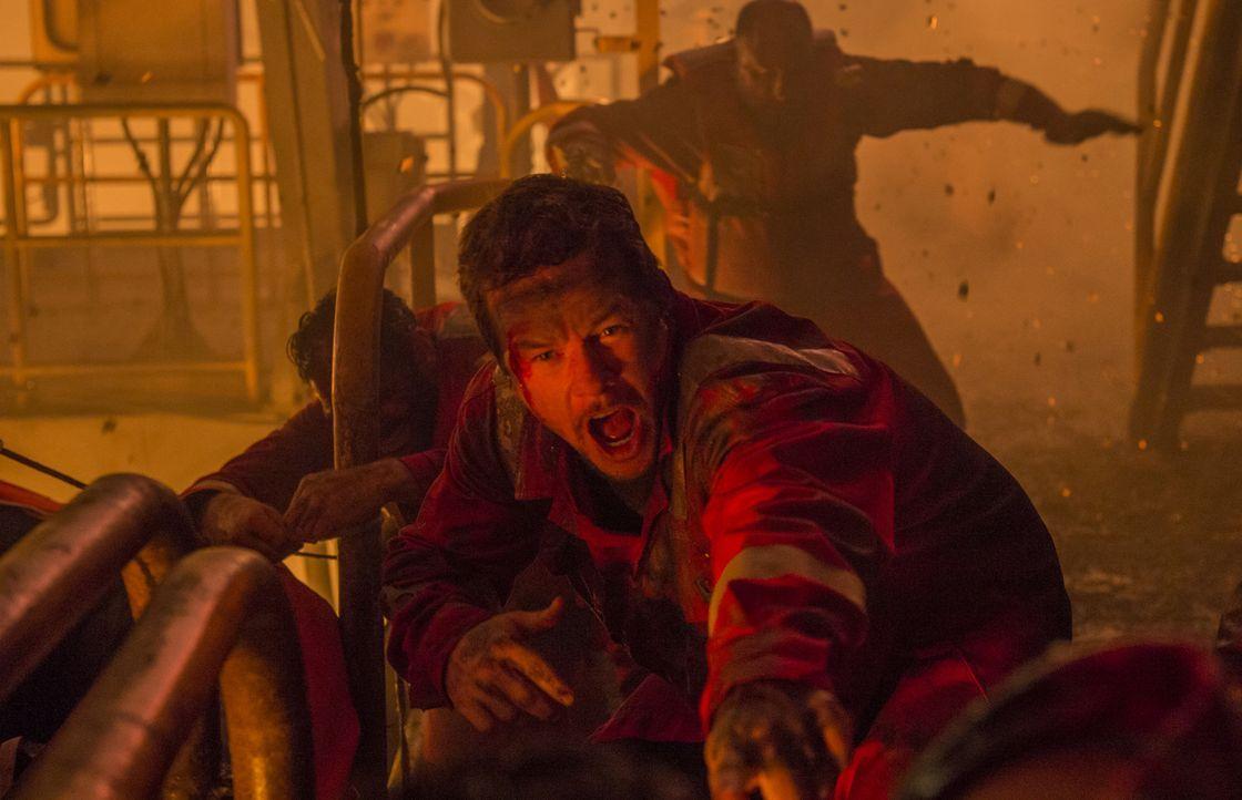 Kämpft ums Überleben: Mike Williams (Mark Wahlberg) ... - Bildquelle: Enrique Chediak Studiocanal
